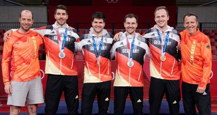Silbermedaille-Herren-Team-Olympia-Tokyo-2020_2021 (Foto:Benedikt Probst)